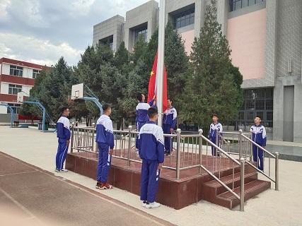 2020年9月1日,银川市第二十四中学举行2020—2021学年开学典礼 (6).jpg